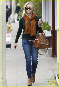 Reese Witherspoon...love this color combo for fall