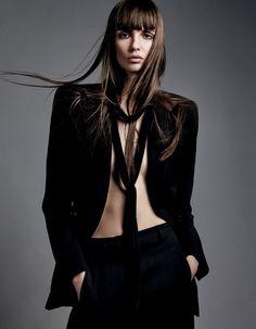 Fragmentos de Moda: A Vogue Russia setembro de 2015 investiu em onze n...