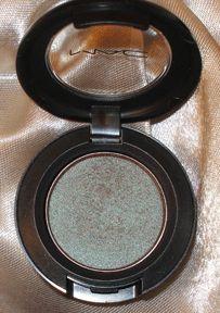 MAC club eyeshadow. It's brown. It's green. It's blue. It's a whole look in one shade.