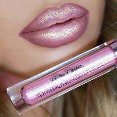 Glitter Lipstick, Lipstick Art, Lipstick Shades, Lipstick Colors, Lip Colors, Glitter Gloss, Lipsticks, Glitter Uggs, Glitter Top