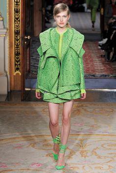 Antonio Berardi Fall 2011 Ready-to-Wear Fashion Show - Anabel Van Toledo