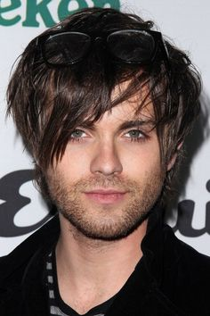 36 Trendy Hairstyle Idea for Men Round Face Haircuts For Round Face Shape, Round Face Men, Hairstyles For Round Faces, Men's Hairstyles, Edgy Medium Haircuts, Medium Hair Cuts, Haircuts For Men, Men's Haircuts, Pixie Cut Thin Hair