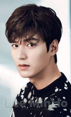 But Korean men😂😂😂😂😂 Foto Lee Min Ho, Le Min Hoo, Legend Of Blue Sea, Lee Min Ho Kdrama, Lee Min Ho Photos, Handsome Korean Actors, Kim Woo Bin, Kdrama Actors, Lee Jong Suk