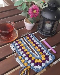 (notitle) – Débora Dias – Join in the world of pin Granny Square Häkelanleitung, Granny Square Crochet Pattern, Tunisian Crochet, Chrochet, Knit Crochet, Crochet Patterns, Crochet Jacket, Crochet Cardigan, Crochet Woman