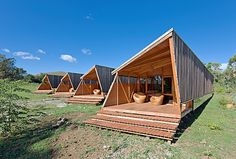 Here's a chance for you to try out remote living for yourself: Rent out a cabin at Cabañas Morerava on Easter Island. The architects thought. Tiny House Cabin, Tiny House Design, Cabin Design, Cottage Design, Vacation Home Rentals, Cabin Rentals, Vacation Travel, Cabins In The Woods, House In The Woods