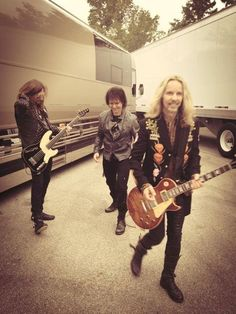 Styx - Tommy Shaw the best part of Styx - IMHO Styx Band, Tommy Shaw, Best Rock Music, Night Ranger, Chill Mix, Damn Yankees, Music Bands, Music Music, Gibson Guitars