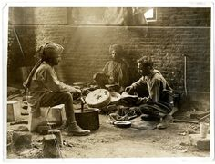 Some Indian cavalry troopers preparing a meal [Estrée Blanche, France]. Photographer: H. Historical Images, France, British Library, Photo Archive, Military History, Public Domain, Embedded Image Permalink, Vintage Photos, The Past