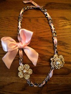 Simple DIY with chain, ribbon, and brooches. Simple yet elegant! Lovely!