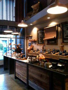 barn wood, little black signage Bakery Cafe, Cafe Restaurant, Restaurant Design, Cafe Design, Store Design, Tienda Natural, Cafe Bistro, Cafe Bar, Espresso Bar