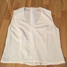 Silk tank Light weight, silk tank with zipper in back. Tops Blouses