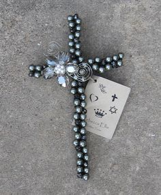 Great bead & wire cross ideas on this site