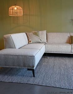 Living Room Sofa Design, New Living Room, Interior Design Living Room, Home And Living, Living Room Designs, Living Room Decor, Living Spaces, Rustic Kitchen Design, New Homes