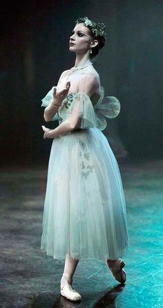 "<<Alina Cojocaru in ""Giselle"">>"