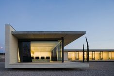 Technical Construction Pavilion of the Universitario de Toledo General Hospital / TASH