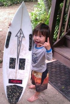 Little things that make life wonderful - The Hawaian Shaka /hang loose sign to express the Aloha Spirit
