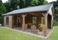 Tuinhuis met overkapping of veranda op maat - Tuinhuisjescentrum van de Munckhof