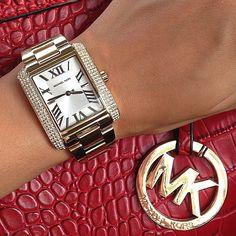 Michael Kors Watches Women Mk Handbags, Handbags Michael Kors, Mk Outlet, Mk Watch, Mk Bags, Michael Kors Watch, Outerwear Jackets, Style Me, Girl Fashion