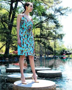 shelbyriderfashion.com Click the link for more fashion by Shelby Rider. This collection is inspired by the seven natural wonders of the world: paricutin volcano, the grand canyon, mount everest, the great barrier reef, the rio de jenairo harbor, victoria falls, and the northern lights. The garments not only feature zero waste techniques and crazy silhouettes, but they also are covered with fabric manipulation and horsehair, hand beading, and lots of whimsy.