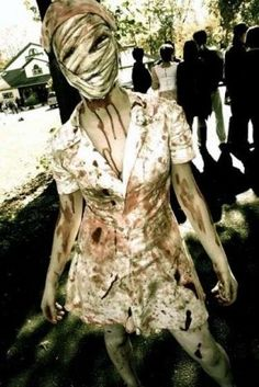Found my Halloween costume! Nurse from SIlent Hill Costume tutorial