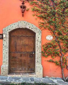 Today is a perfect day for opening a new door. #doorsnotwalls #puertasnoparedes