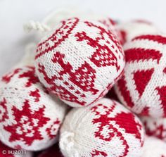 Christmas knitted balls