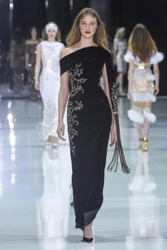 Ralph and Russo haute couture spring 2018 fashion show ]]