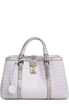 be9e53569167 Женская фиолетовая сумка small roma с отделкой из кожи змеи Bottega Veneta