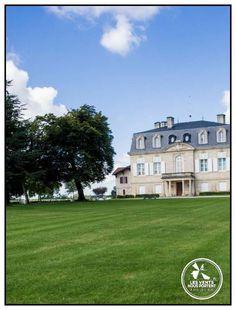 Façade du château Pontet-Canet, sur la route des vins du #Médoc / #Bordeaux #France