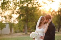 Summer Wedding  Great tips for all aspects of a wedding! Including when dates are and where to have it