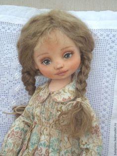 Купить Текстильная интерьерная кукла Варежка - оливковый, кукла ручной работы, кукла в подарок