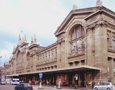 #París, sus galerías cubiertas y estaciones de tren patrimonio arquitectónico del siglo XIX. http://www.guias.travel/blog/paris-sus-galerias-cubiertas-y-estaciones-de-tren-patrimonio-arquitectonico-del-siglo-xix/ #turismo #Francia