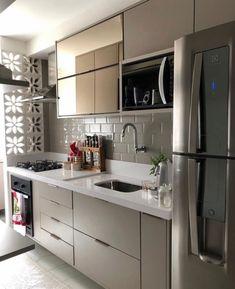 70 Clever Tiny House Interior Design Ideas – decorationroom - New ideas Kitchen Interior, Small Living Rooms, Kitchen Decor, Kitchen Room Design, House Interior, Kitchen Furniture Design, Home Interior Design, Tiny House Interior Design, Kitchen Design