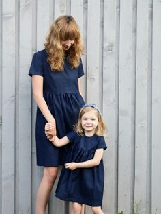Matching Mommy and Me Dresses - Indigo Blue Denim Dresses - Matching Denim Dresses - Handmade by OffOn Mother Daughter Matching Outfits, Mother Daughter Fashion, Mom Daughter, Mommy And Me Dresses, Mothers Dresses, Girls Dresses, Blue Denim Dress, Denim Dresses, I Dress
