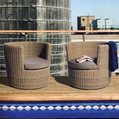 Handwoven, synthetic rattan make the basketCASE Chair a perfect solution for any poolside, gardenside or sunny outdoor occasion.  The unique barrel-shaped frame is built for hours of outdoor lounging.  Designed for Jane Hamley Wells