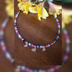Mira este artículo en mi tienda de Etsy: https://www.etsy.com/es/listing/513688144/collar-corto-cristales-checos