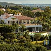 Luxury villa for sale in Sotogrande Located in a prime elevated position in Sotogrande, this villa enjoys south facing frontline golf course views. Luxury Estate, Luxury Villa, Golf Courses, Mansions, House Styles, Home, Luxury Condo, Manor Houses, Villas