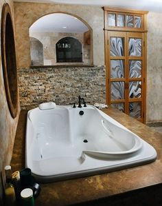 A bath tub built for two!