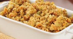 Kelly Ripa Michael: Camilla Consuelos Apple Sausage Stuffing Recipe - had this at Thanksgiving - so good! Gluten Free Meal Plan, Free Meal Plans, Dairy Free Recipes, Thanksgiving Leftover Casserole, Thanksgiving Recipes, Holiday Recipes, Holiday Ideas, Apple Sausage, Sausage Stuffing