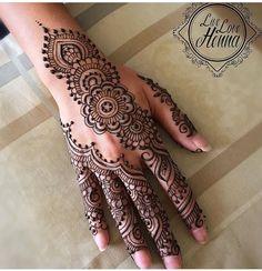 10 Beautiful Leg Mehndi Designs For Ideas Henna Art Designs, Mehndi Designs For Girls, Mehndi Designs For Beginners, Wedding Mehndi Designs, Mehndi Designs For Fingers, Mehndi Design Images, Beautiful Mehndi Design, Latest Mehndi Designs, Hand Designs
