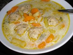 Kapros zöldbableves húsgombóccal. Soup Recipes, Cake Recipes, Healthy Recipes, Yummy Food, Tasty, Hungarian Recipes, Sweet And Salty, Soups And Stews, Food And Drink