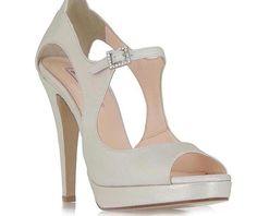 TSAKIRIS MALLAS Ιβουάρ περλέ νυφικά παπούτσια τύπου peep toe #joy #style #fashion