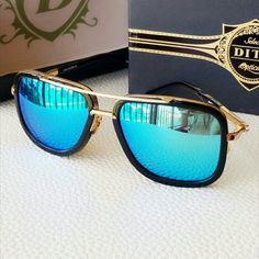 Shop Women's Blue Gold size OS Glasses at a discounted price at Poshmark. Best Mens Sunglasses, Men's Sunglasses, Mirrored Sunglasses, Luxury Glasses, Cool Outfits For Men, Sunglasses Women Designer, Mens Glasses, Coffee Recipes, Blue Gold
