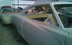 Superbird In Back: 1970 Dodge Charger R/T - http://barnfinds.com/superbird-in-back-1970-dodge-charger-rt/