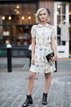 http://www.glamour.ru/fashion/fashion_blog/1258256/?utm_source=facebook