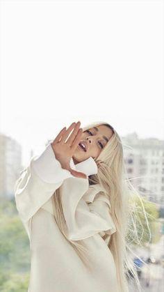 Ariana Grande ♡☽☆