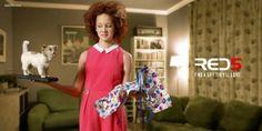 Adeevee - Red 5: Twins, Girl, Dad, Granny Advertising Agency:Rainey Kelly Campbell Roalfe/Y&R, London, United Kingdom Creative Director:Mark Roalfe Art Director:Algy Sharman, Al Brown Copywriter:Algy Sharman, Al Brown Photographer:Alan Powdrill Designer:Lee Aldridge