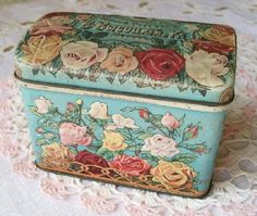 Foreign words? But a beautiful Tin however you spell it.