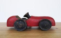 Troja wooden car toy - WARINGS Store