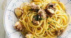 Spaghettis au poulpe Gnocchi Pasta, Plat Vegan, One Pot Pasta, Rigatoni, Ethnic Recipes, Food, Ravioli, Fresh Pasta, Cooking Recipes