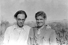 Claud Cockburn and Fred Copeman, commander of British battalion ~ Photo by Gerda Taro (Brinete, Spain, July George Orwell, Carnations, Revolutionaries, Che Guevara, Literature, Fiction, Couple Photos, People, Photography